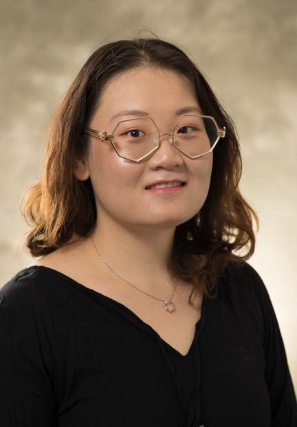 Lydia Jiang's directory photo.