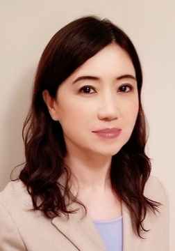 Michelle Wang's directory photo.