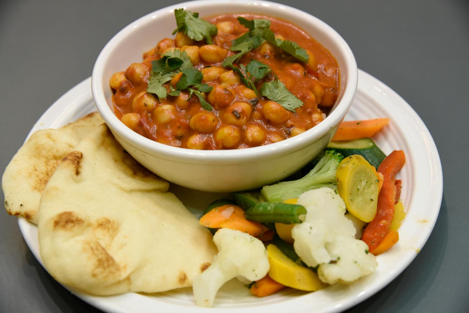 Chana Masala with Basmati Rice, Vegetables, and Naan