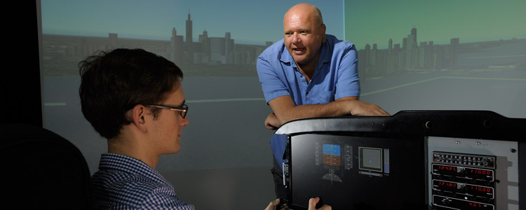 Illinois Simulator Lab Provides Flight Simulation and More, News
