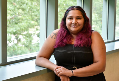 Photo of Beckman Institute Postdoctoral Fellow Michelle Rodrigues at the institute.
