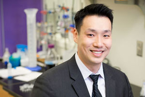 Jefferson Chan's research interests include developing small-molecule and protein-based sensors for non-invasive molecular imaging.