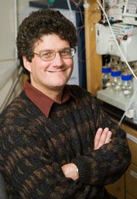 Chemistry professor Jonathan Sweedler
