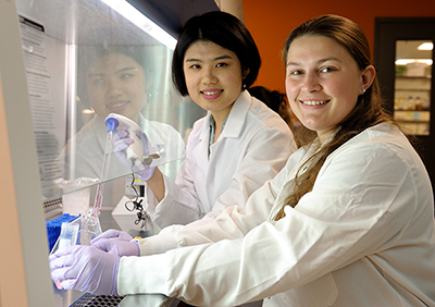 During the 10-week Research Experience for Undergraduates, Cheri Fang, left, a first-year Ph.D. student in bioengineering, served as a graduate student mentor for Amanda Craine, a junior in biomedical engineering at Pennsylvania State University.