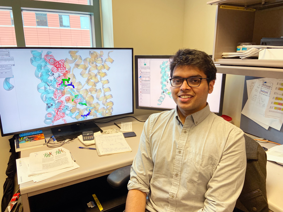 Student researcher Shasank Pant, of the Theoretical and Computational Biophysics Group at the Beckman Institute.